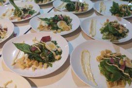 PKK 2020-table manners-salad
